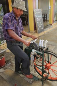 Peru, knife sharpener, San Bartolo