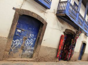 Peru, Cuzco street with blue door