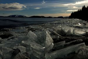 ice sheets on lakeshore, travel, Iceland