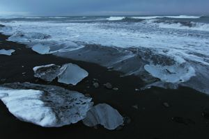 Ice beach below Jokulsarlon 5