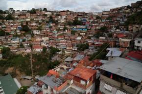 slums outside Caracas, suburbs, favelas Venezolanas