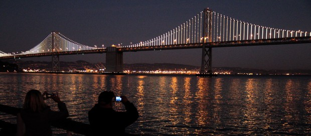 Bay Bridge light show