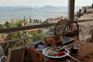 Cai, pen & paper, and Turkish breakfast in Fethiye