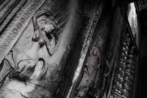 Angkor Wat 8473 carmine