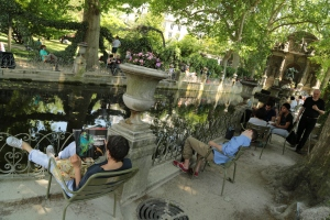 It was this kind of day, in the Jardin du Luxembourg