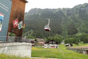 Cable car way up, from Wengen to Mannlichen