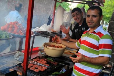 Diyarbakir, Turkey street vendors