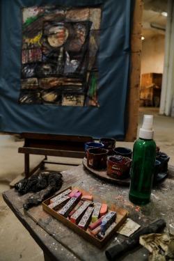 Choco's studio easel