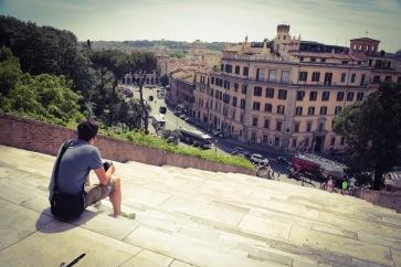 Zitten te kijken a Roma
