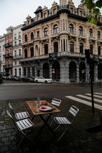 Brussels sidewalk dining