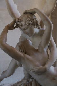 louvre-statues
