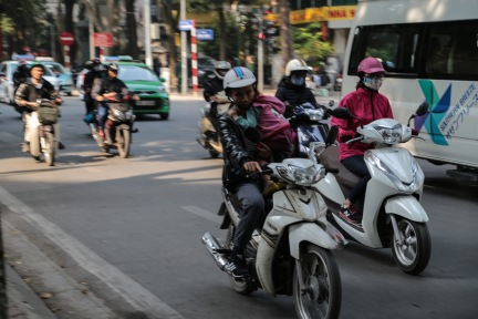 hanoi-scooter-life