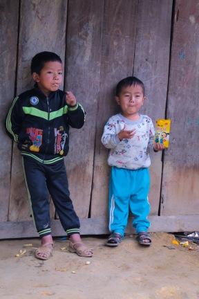 vietnam-kids