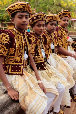 Sri Lankan kids at a wedding Anuradhapura