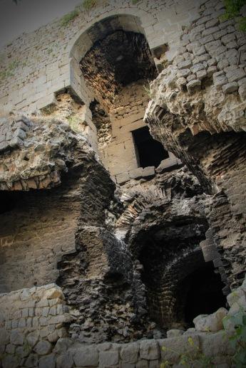 Turkey Diyarbakir city walls 2