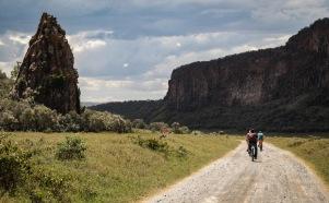 hell's gate national park 01 biking