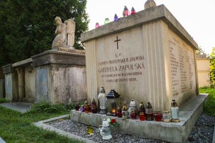 Gabryela Zapolska grave